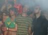 Fans im Partyzelt bei Schluck den Druck